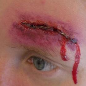 Sår/makeup/blod